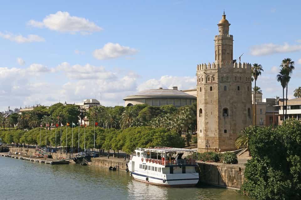 Paseo en barco Sevilla