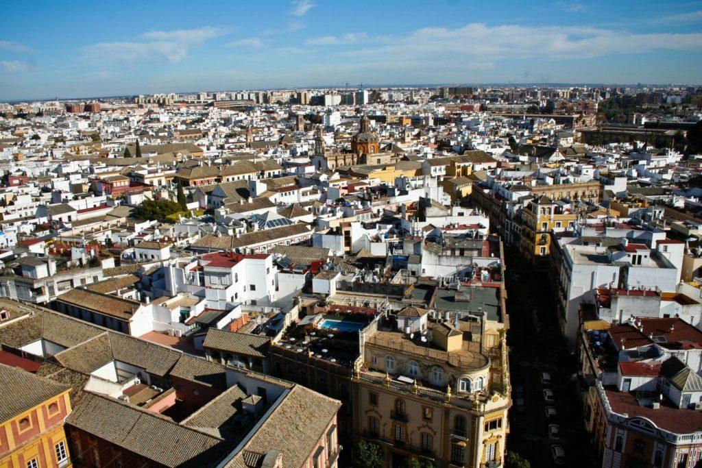 Los mejores barrios de Sevilla para comprar un piso